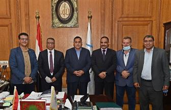 اتفاق بين مركز الأهرام للتنظيم وتكنولوجيا المعلومات وهيئة السكك الحديدية للتحول الرقمي | صور