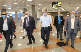العناني يتفقد متحف ومستشفى ومطار شرم الشيخ تأكيدًا على تطبيق الإجراءات الاحترازية لمواجهة كورونا| صور
