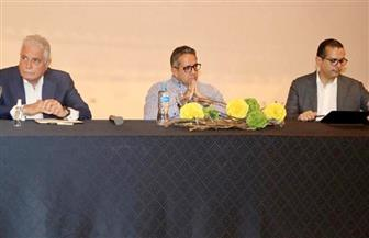 وزير السياحة والآثار ومحافظ جنوب سيناء يلتقيان مستثمري المحافظة | صور