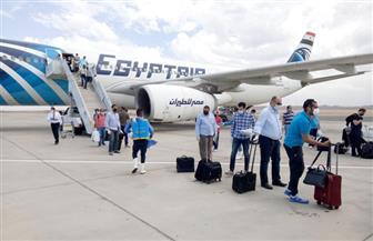مطار مرسى علم يستقبل 330 مواطنا مصريا من العالقين في الرياض | صور