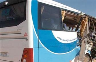 إصابة 27 شخصا في حادث تصادم أتوبيس مع سيارة نقل بطريق السخنة