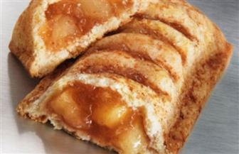 فطيرة التفاح بالقرفة على طريقة مطاعم الوجبات السريعة