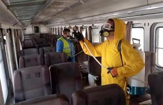 هيئة السكك الحديدية تواصل أعمال تطهير وتعقيم المحطات والقطارات | صور