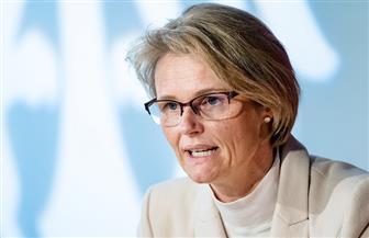 وزيرة البحث العلمي الألمانية تحذر من نسيان استمرار وباء كورونا