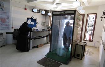 تركيب بوابة تعقيم جديدة بمركز القلب بجامعة الأزهر |صور