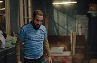 مانشستر سيتي يعلق على ظهور قميصه في مسلسل «البرنس».. و«كتكت» يرد