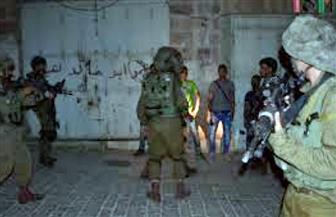 الاحتلال الإسرائيلي يعتقل 5 فلسطينيين في الخليل وأريحا