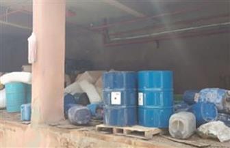 ضبط 182 طن مطهرات ومنظفات منزلية مغشوشة داخل مصنع بكرداسة