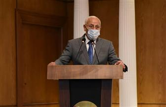 محافظ بورسعيد: مراقب صحي بكل لجنة ودخول الطلاب للامتحانات الثانوية العامة بالكمامات | صور