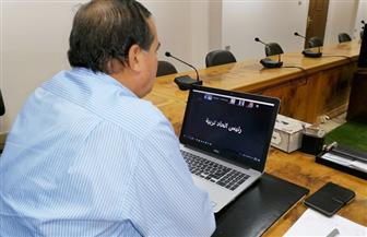 رئيس جامعة سوهاج يناقش آليات امتحانات نهاية العام | صور
