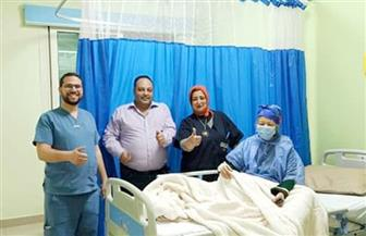 بينهم سيدة مسنة تجاوزت الخامسة والثمانين.. خروج 9 حالات من مستشفى العزل بإسنا |صور