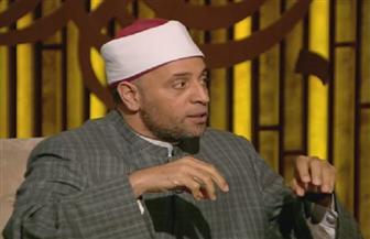 رمضان عبدالرازق: الصلاة خلف المذياع أو التليفزيون باطلة |فيديو