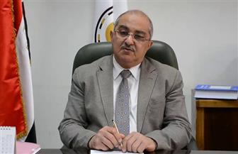 نائب رئيس جامعة أسيوط يباشر عمله إلكترونيا ويترأس مجلس شئون الطلاب من مستشفى العزل