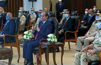 الرئيس السيسي يكلف وزير النقل باستخدام أجهزة متطورة في عمليات الرصف