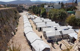 اليونان تمدد إجراءات العزل في مخيمات اللاجئين حتى 7 يونيو
