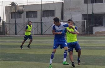 ضبط 21 شخصا يلعبون كرة القدم وقت حظر التجوال