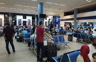 مطار مرسى علم يستقبل 3 رحلات طيران استثنائية على متنها 515 مواطنا من العالقين في السعودية | صور