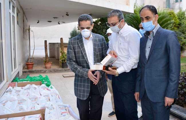"""توزيع """"كحك العيد"""" علي الأطقم الطبية والمرضي بمستشفيات العزل"""