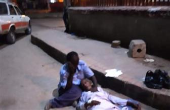 """مدير المستشفى الجامعي بأسوان يكشف حقيقة فيديو """"إلقاء مسن مصاب بكورونا في الشارع"""""""