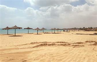 شواطئ الفنادق والقري السياحية بالعين السخنة تلتزم بقرار الإغلاق