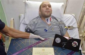 طبيب مستشفي عزل بلطيم الذي فقد بصره يشكر الرئيس السيسي على معايدته وهديته| صور