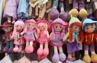 الحنين للماضي.. ألعاب الأطفال القديمة تطغى على نظيرتها الإلكترونية في عيد الفطر بدمياط | صور