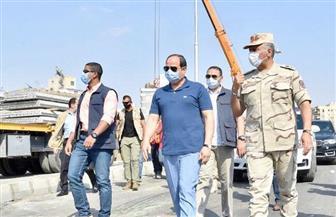 الرئيس السيسي يتفقد الأعمال الإنشائية لتطوير عدد من الطرق والمحاور والكباري بمنطقة شرق القاهرة | صور