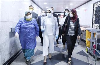وزيرة الصحة تتفقد مستشفيي منشية البكري وحميات العباسية.. وتوجه رسالة للأطباء: أنتم أبطال |صور