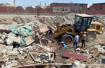 تنفيذ 8 قرارات إزالة بحي العرب وغلق 7 محلات بالمناخ في بورسعيد | صور