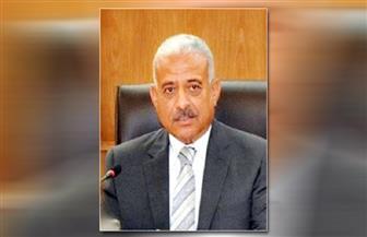 محافظ السويس يعقد اجتماعا مع القيادات الأمنية بالمحافظة