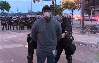 الشرطة الأمريكية تقبض على فريق «سي إن إن» أثناء البث المباشر لاحتجاجات مينيابوليس | فيديو