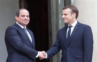 الرئيس السيسي  يتلقى اتصالا من ماكرون ويؤكد موقف مصر الاستراتيجي الثابت تجاه الأزمة الليبية