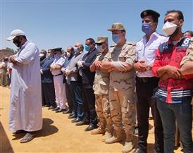محافظ البحيرة يشهد تشييع جثمان شهيد الواجب بمركز أبو المطامير | صور