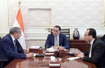 رئيس الوزراء يتابع مع وزير التموين موقف توريد القمح