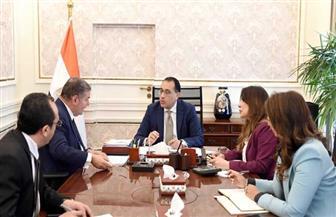 رئيس الوزراء يتابع مع وزير قطاع الأعمال العام موقف العمل بالشركات التابعة للوزارة