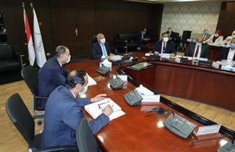 وزير النقل يترأس الجمعية العمومية للشركة القابضة لمشروعات الطرق والنقل البري | صور