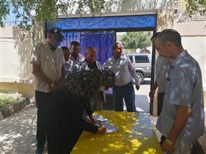 رئيس مدينة سفاجا تتابع استعدادات المدارس وجاهزيتها لاستقبال امتحانات الشهادة الثانوية | صور