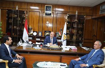 محافظ قنا يصدر حركة تعيينات وتنقلات جديدة لنواب ورؤساء  القري