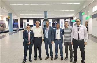 جمارك مطار مرسى علم تحبط محاولتي تهريب عدد من الأسلحة البيضاء   صور