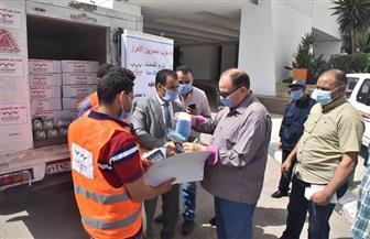 محافظ أسيوط يشهد انطلاق مبادرة حزب المصريين الأحرار لتوزيع 40 ألف كمامة