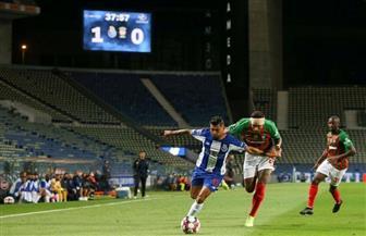 """""""كورونا"""" يهز الشباك مرة أخرى ويقود بورتو لصدارة الدوري البرتغالي"""
