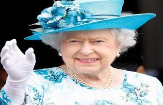 ملكة إنجلترا تجري أول اتصال بالفيديو لها في سن 94 عاما