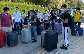 سفارة مصر في قبرص تنهى إجراءات الطائرة الاستثنائية الأولى لنقل العالقين إلي أرض الوطن|صور
