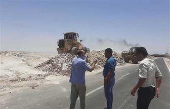 رفع 850 طن مخلفات من على الطريق الدائري بالغردقة| صور