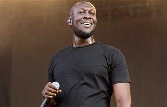 مغني الراب البريطاني ستورمي يتعهد بتقديم 10 ملايين إسترليني لقضايا السود