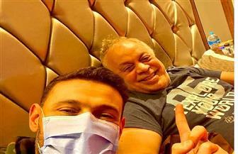 """رامز جلال يزور """"أشرف زكي"""": """"لا دعامة تهمنا ولا كورونا تهتنا"""""""