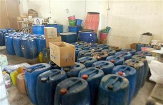 ضبط 2 طن كيماويات صناعية مجهولة داخل مخزن قبل بيعها بالقاهرة
