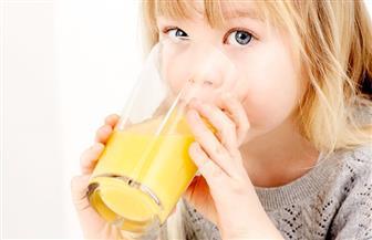 استهلاك عصير الفاكهة في سنوات الطفولة يؤثر على جهاز المناعة