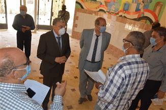 محافظ المنيا يتفقد لجان امتحانات الثانوية العامة لمتابعة التجهيزات | صور