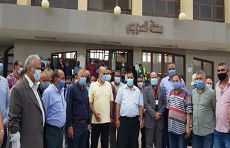 رئيس هيئة سكك حديد مصر يتفقد تطوير عدد من محطات ومزلقانات السويس| صور